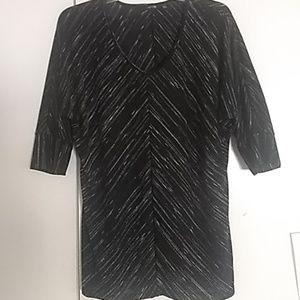 Ladies Apt 9 black and white top